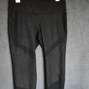 Old Navy Cropped Active Leggings